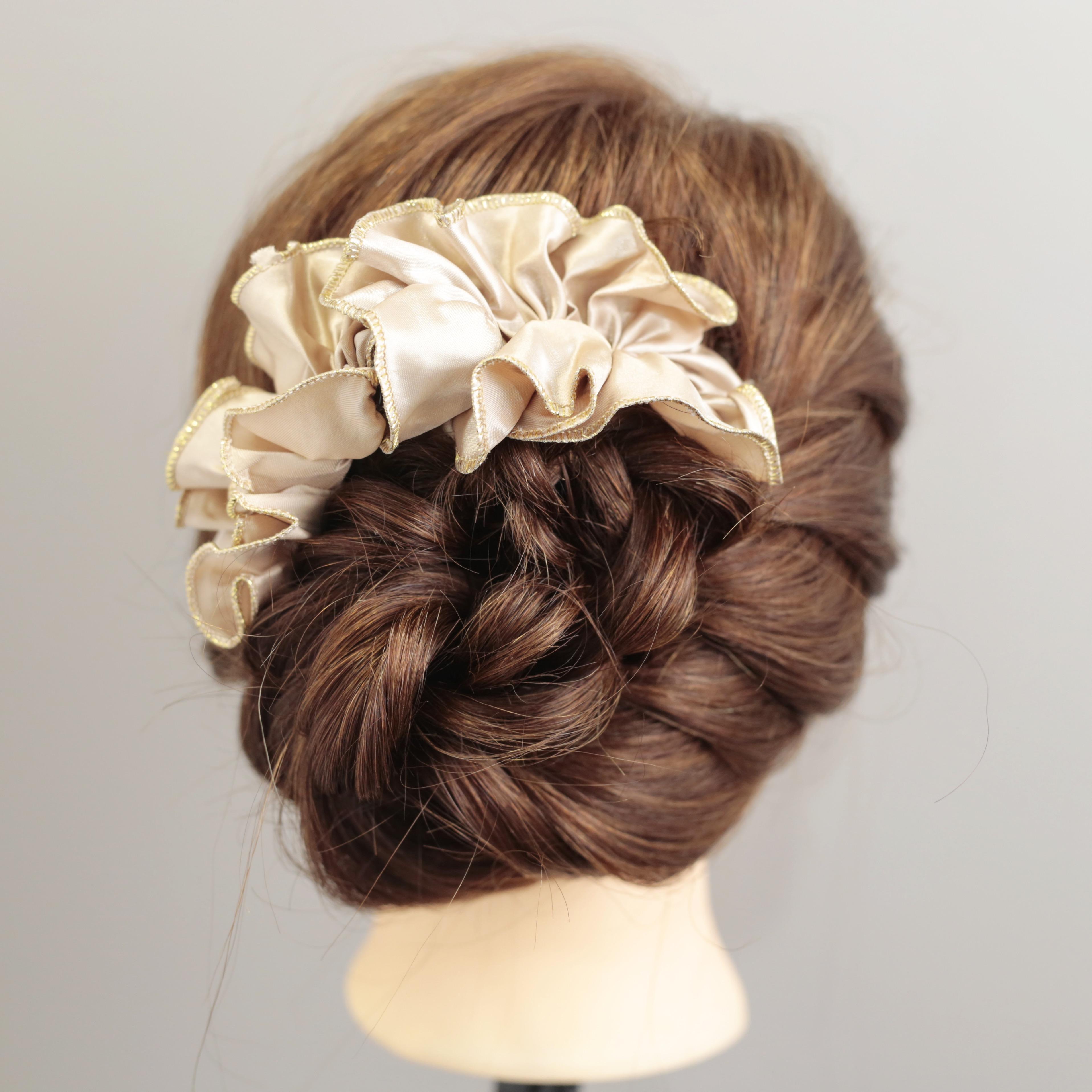 やはりヘアスタイルを作るのは何より楽しい。