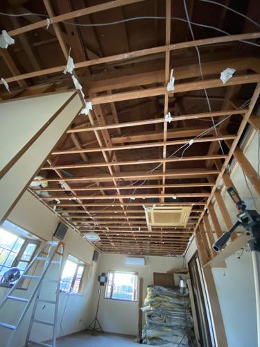 【DIY美容師の美容室を造る】解体が終わり屋根造り。